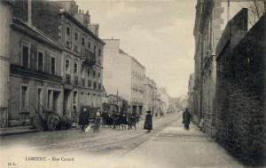Rue Carnot - vue depuis le tournant de la rue allant vers le pont tournant
